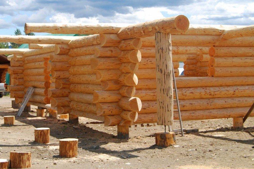Rustic Log Farm House Construction