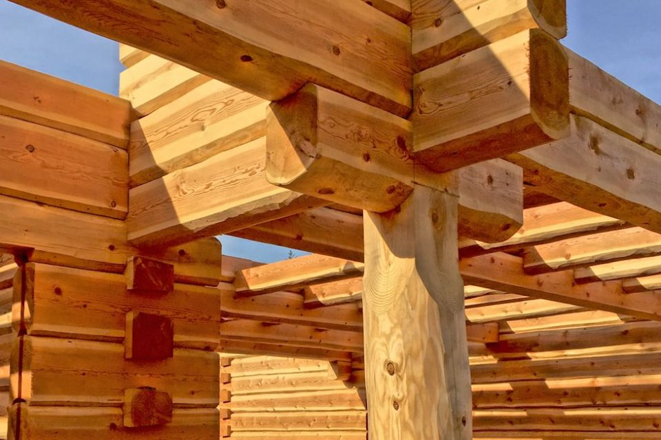 Dovetail Log House Construction Detail 2