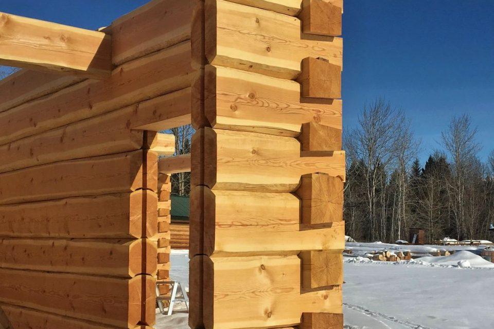Dovetail Log House Construction Exterior