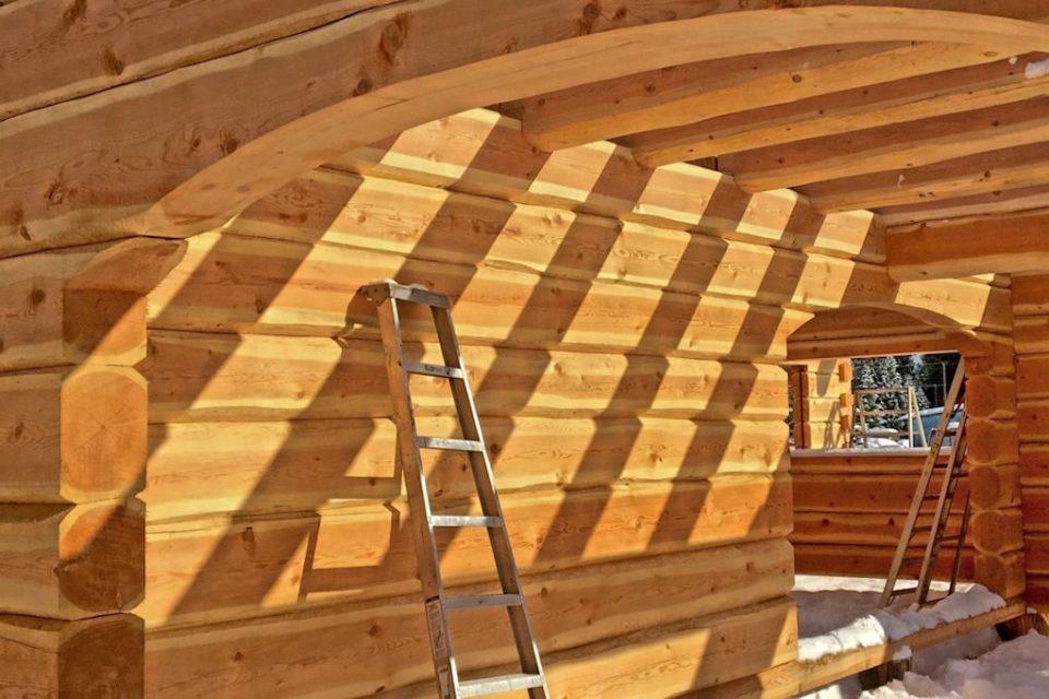 Dovetail Log House Interior Detail