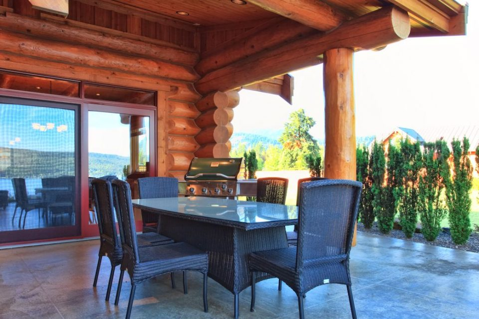 Log Cabin Lakeview Terrace