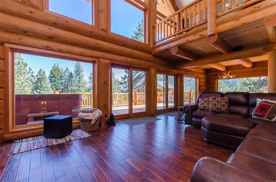 log-home-interior-2