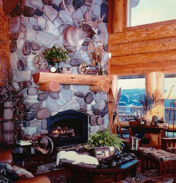 Log Greatroom Fireplace