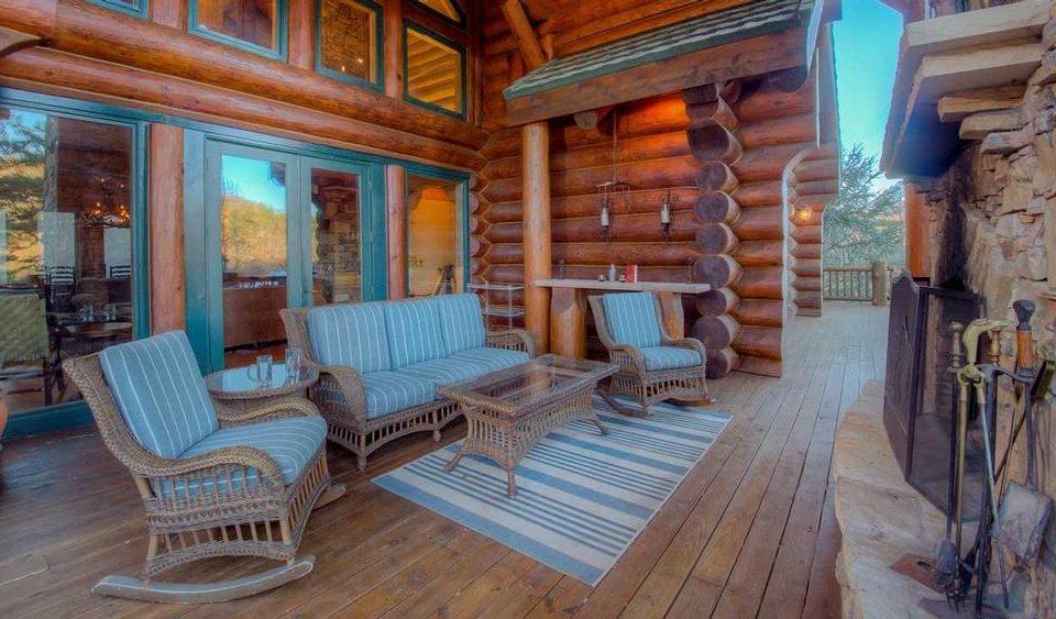 Log House Exterior Living