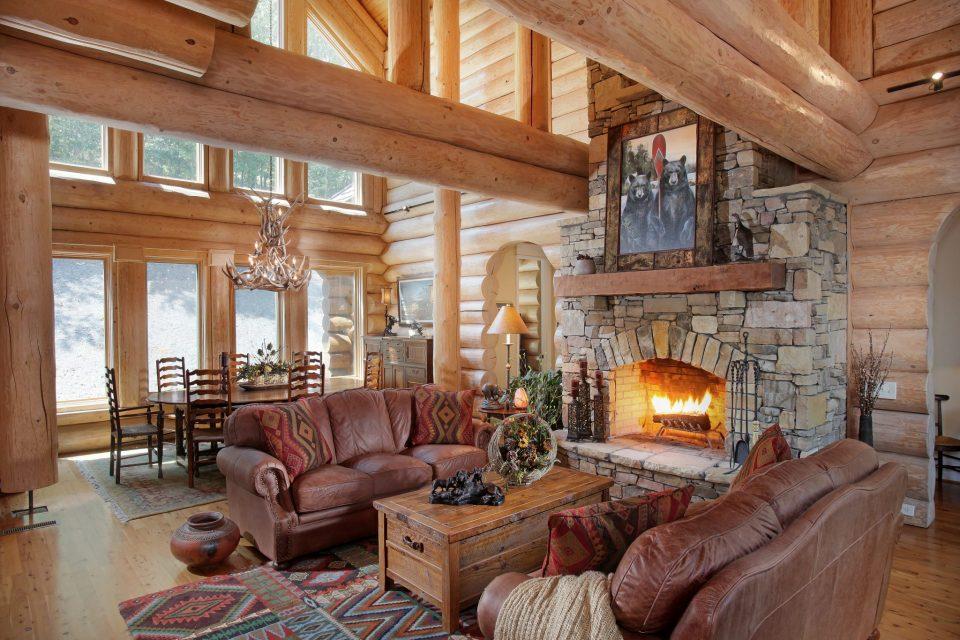 Log Lodge Living